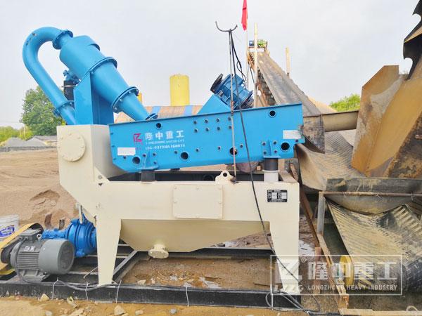 矿石细沙回收机型号多产量高,是制砂生产线中不可缺的