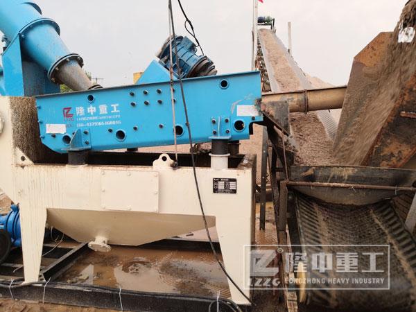 湖南河卵石细沙回收机处理设备、价格以及现场视频