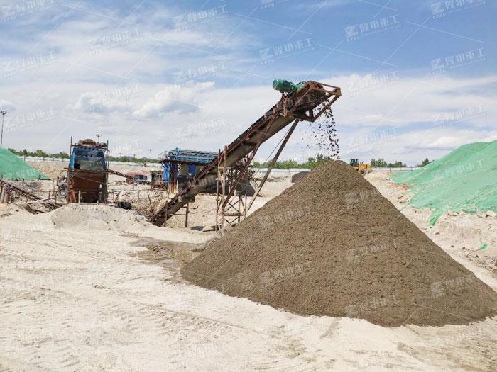 新型移动洗沙机产量高、收益好,无惧环保检查