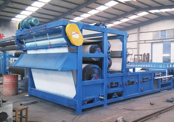 隆中高产污泥带式压滤机设备应用于洗砂生产项目