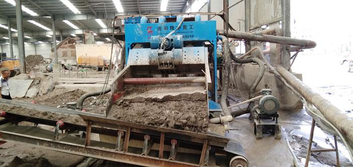 日产200吨的小型细沙回收机哪里有卖?价钱贵不贵?
