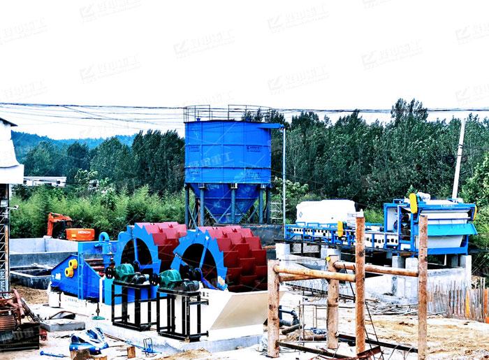 移动制砂洗沙机多少钱一台,环保水洗砂设备生产现场